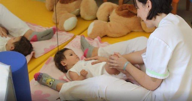 La Unidad De Día Pediátrica Dedicada Al Tratamiento De Niños Que Sufren Enfermedades Avanzadas Y Requieren Cuidados Paliativos