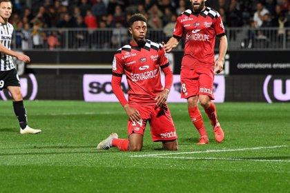 Nathaël Julan, futbolista del Guingamp, fallece con 23 años en un accidente de tráfico
