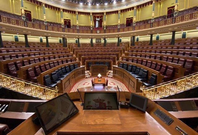 Vista general del Congrés dels Diputats on s'ha aprovat el repartiment dels escons de l'hemicicle que han acordat els grups parlamentaris excepte Vox, que ha votat en contra. Segons el disseny previst, PP, Vox i Ciudadanos compartiran el ter qu