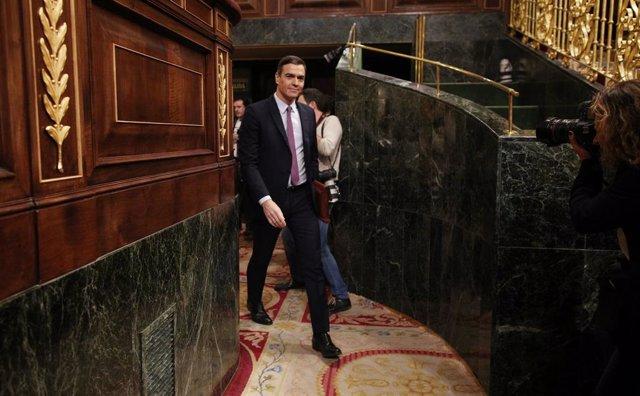 El president de Govern en funcions i secretari general del PSOE, Pedro Sánchez, arriba al Congrés dels Diputats en la primera sessió del debat de la seva investidura en la XIV Legislatura a Madrid (Espanya), a 4 de gener de 2019.