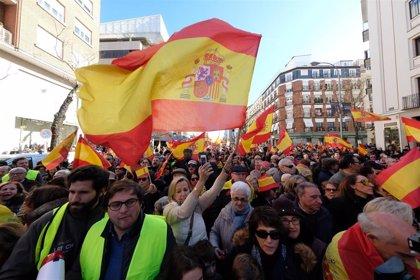 La manifestación en la plaza de Colón por la unidad de España termina en las cercanías del Congreso