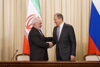 Zarif discute con Rusia, China y Turquía la situación regional tras la muerte de Soleimani en el ataque de EEUU