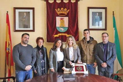"""Junta traslada a El Gastor (Cádiz) """"el compromiso"""" y """"lealtad"""" para mejorar la vida de los vecinos"""