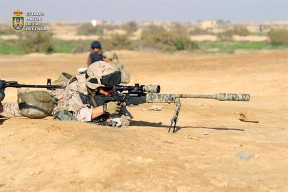 España refuerza la seguridad de sus tropas en Irak pero no suspende de momento el entrenamiento a fuerzas locales