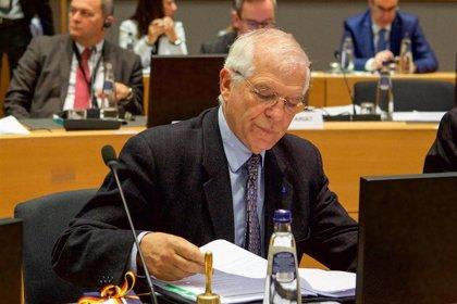 Borrell habla con el ministro de Exteriores iraní sobre la necesidad de reducir tensiones con EEUU
