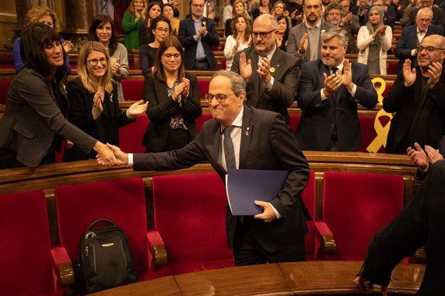 El president de la Generalitat, Quim Torra, en el ple extraordinari en el Parlament convocat després de la decisió de la Junta Electoral Central (JEC) d'inhabilitar-li