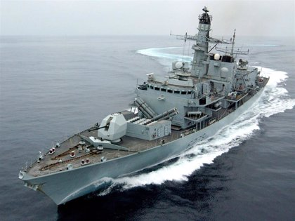 Reino Unido mandará dos buques de guerra al estrecho de Ormuz para proteger a sus barcos