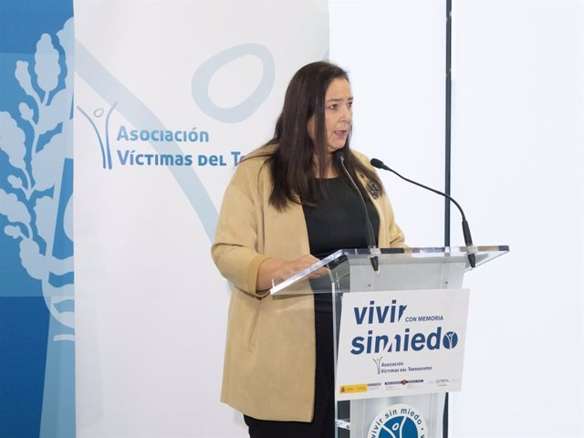 La preisdenta de l'AVT, Maite Araluce, a Bilbao.