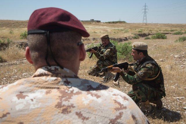 Formación de militares iraquíes en Irak