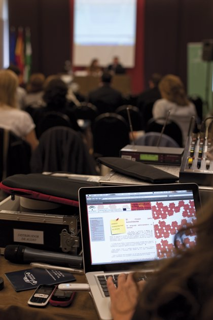 IAM financia 76 proyectos para atender a mujeres en riesgo de exclusión, igualdad y lucha contra la violencia machista