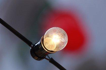 Electrodomésticos eficientes, bombillas de bajo consumo o un buen aislamiento, pautas de Irache para ahorrar energía