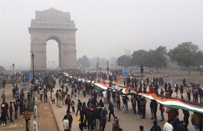 Una turba deja al menos 34 heridos en India durante el asalto a una universidad contraria a la ley de ciudadanía