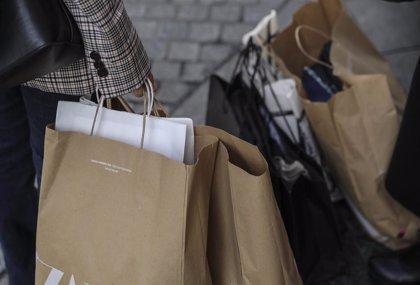 Los asturianos gastarán una media de 305 euros en las rebajas de invierno