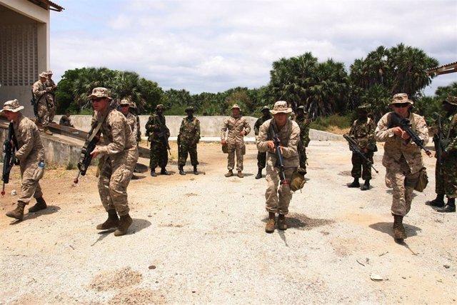 Militares estadounidenses en Manda Bay (Kenia)
