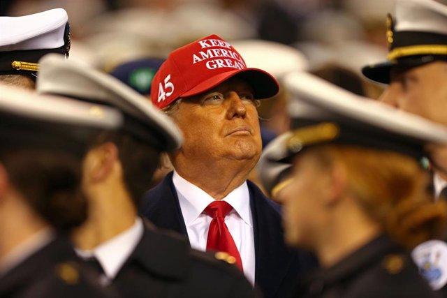 Donald Trump en el partido anual Ejército-Marina