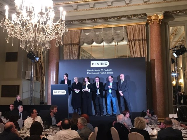 Anuncio del Premi Josep Pla de prosa catalana en el Hotel Palace de Barcelona