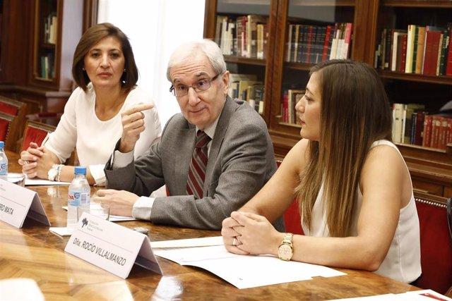 El presidente de la FHF, Pedro Mata, en rueda de prensa