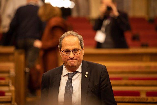 El president de la Generalitat, Quim Torra, durant el ple extraordinari en el Parlament de Catalunya després de la decisió de la Junta Electoral
