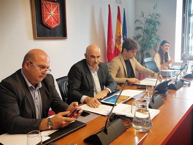 El vicepresidente segundo del Gobierno foral, José María Aierdi, en comparecencia parlamentaria.