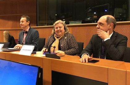 """La eurodiputada Clara Aguilera (PSOE) pide que """"se refuerce el sistema de control e inspección pesquero en la UE"""""""