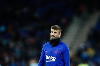 LaLiga denuncia cánticos ofensivos contra Piqué y su familia en el Espanyol-Barça