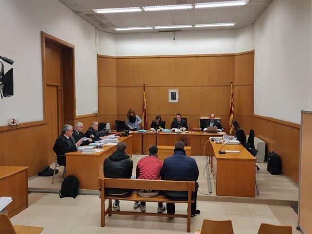 Judici en l'Audiència de Barcelona a tres joves per deixar en cadira de rodes a un passatger del Metre de Barcelona en 2016.
