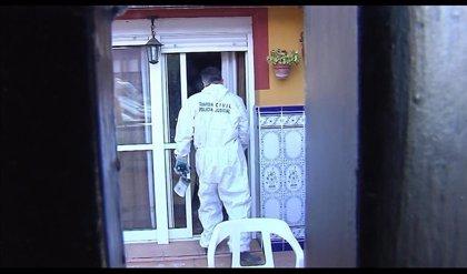 Detenido por intentar matar a su pareja quemando una casa en Castilleja de la Cuesta (Sevilla)