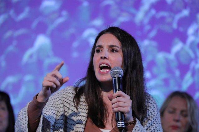 La portavoz de Unidas Podemos en el Congreso, Irene Montero, durante su intervención en el acto de apertura de la campaña para las próximas elecciones generales del 10-N, en Madrid, a 31 de octubre de 2019.