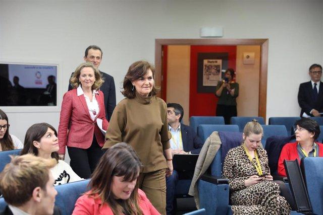Nadia Calviño y Carmen Calvo