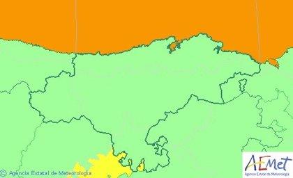 Cantabria continúa este viernes en aviso naranja por fenómenos costeros