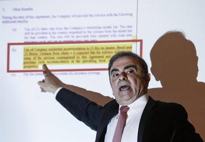 """Carlos Ghosn se compromete """"por completo"""" a colaborar con la Justicia libanesa"""