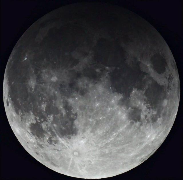 Eclipsi penumbrtic de Lluna