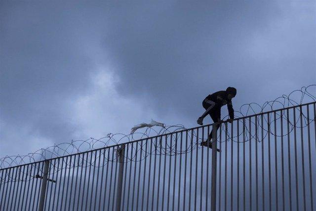 Menores inmigrantes no acompañados en Ceuta, en una imagen de archivo