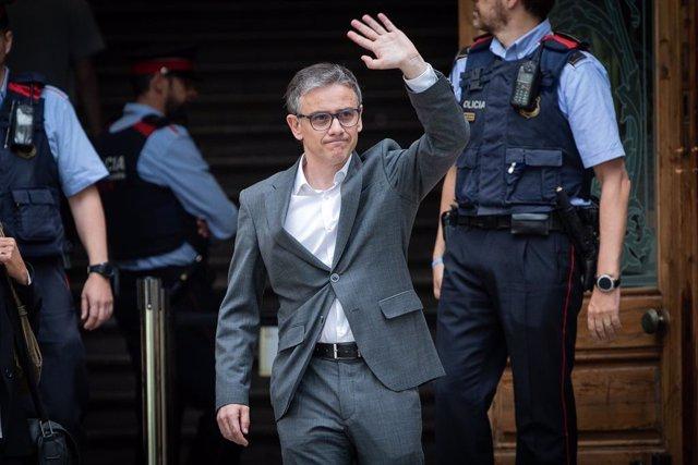 El diputat d'ERC i exsecretari d'Economia, Josep Maria Jové, surt del Tribunal Superior de Justícia de Catalunya després de declarar com a investigat per l'1-O.