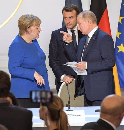 Putin se reúne este sábado con Merkel para hablar sobre Oriente Próximo, Libia y Ucrania