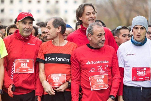 Abel Antón, embajador de 123aCorrer, en la XXI edición de la Carrera de las Empresas de Madrid junto a Fermín Cacho y Rafa Pascual