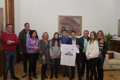 El presidente de la Diputación recibe en el Palacio Provincial a la Asociación de Diabéticos de Jaén