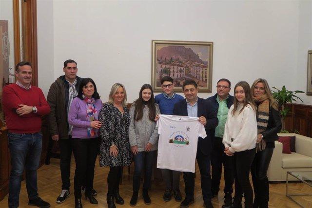El presidente de Diputación recibe en el Palacio Provincial a la Asociación de Diabéticos de Jaén.