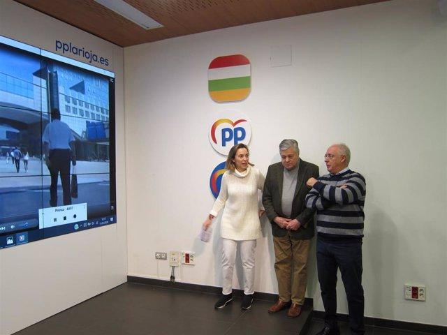 Cuca Gamarra junto al presidente del PP de La Rioja, José Ignacio Ceniceros, y el eurodiputado Leopoldo López