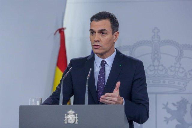 El presidente del Gobierno en funciones, Pedro Sánchez, en el palacio de La Moncloa