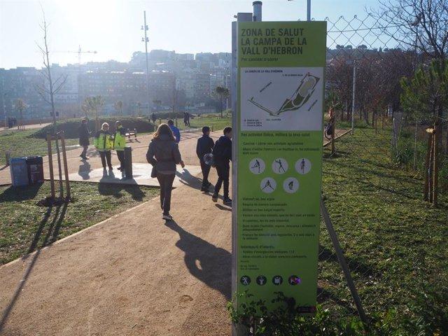 El recentment inaugurat espai ludicoesportiu amb una pista d'atletisme al parc de la Campa, al barri de la Vall d'Hebron de Barcelona.