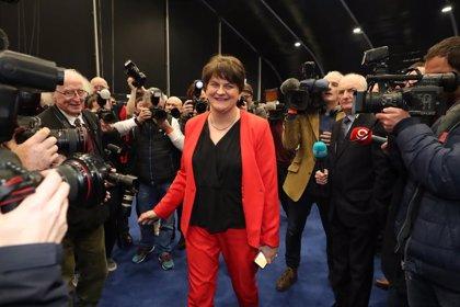 Arlene Foster, nueva ministra principal de Irlanda del Norte tras el histórico pacto para restaurar la autonomía
