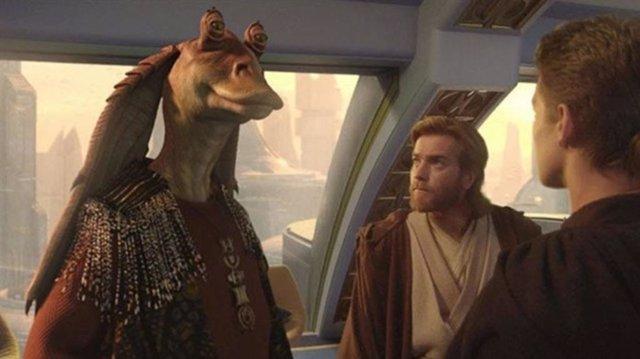 Jar Jar y Obi Wan en El ataque de los clones