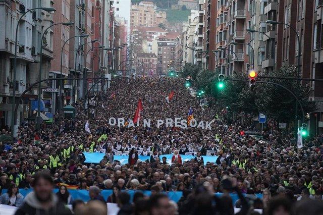 Manifestación por los derechos de los presos de ETA en Bilbao