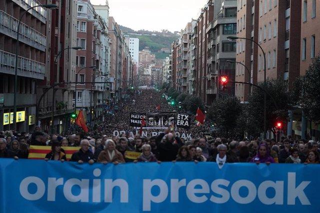 Manifestación por los derechos de los presos de ETA en Bilbao a 11 de enero de 2020