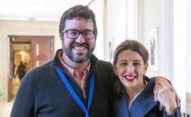 El doctor en Derecho y futuro secretario de Trabajo, Joaquín Pérez Rey, junto con la futura ministra de Trabajo, Yolanda Díaz.
