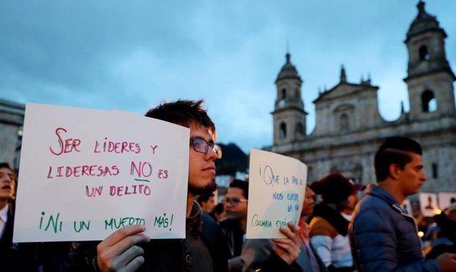 Imagen de una protesta tras el asesinato del líder social colombiano Miguel Antonio Gutiérrez.