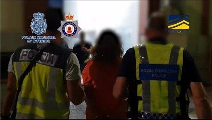Detenidas 47 personas de una red que traficaba con personas entre Gibraltar y España