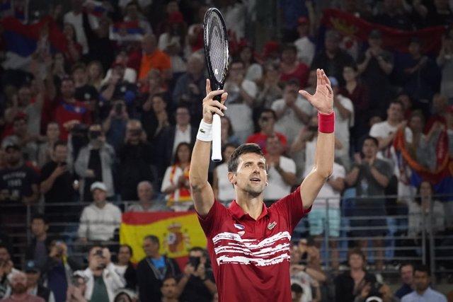 Novak Djokovic celebra una victoria en la final de la ATP Cup.