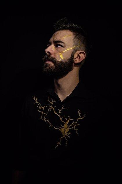 El músico malagueño Ayllón pone en valor las cicatrices en su nuevo álbum 'Kintsukuroi'